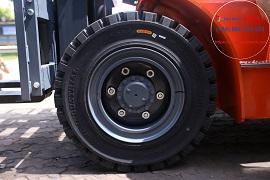 Bánh trước xe nâng dầu 5 tấn K2 series