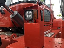 Hệ thống chiếu sáng xe nâng dầu 13.5 tấn